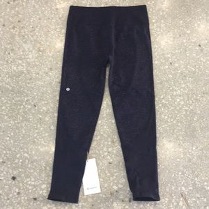Lululemon Free to Flow 7/8 Yoga Pants - black swan